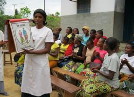 La « boîte à images » utilisée lors d'une consultation prénatale